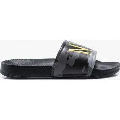 Blukids - Klapki. Czarne sandały chłopięce Blukids, z materiału. W wyprzedaży za 39,90 zł.