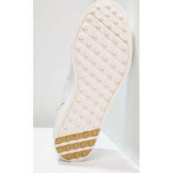 Buty sportowe damskie: adidas Golf ADICROSS CLASSIC Obuwie do golfa footwear white/chalk white/gold metallic