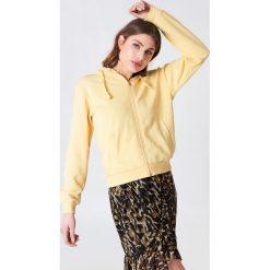 NA-KD Basic Bluza basic z kapturem - Yellow. Różowe bluzy rozpinane damskie marki NA-KD Basic, prążkowane. Za 72,95 zł.