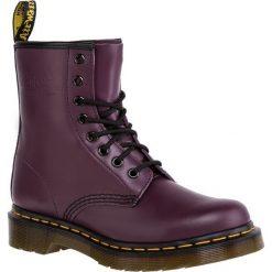 Glany DR. MARTENS - 1460 10072501/11821500 Purple. Fioletowe buty zimowe damskie Dr. Martens, z materiału. W wyprzedaży za 479,00 zł.