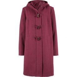 Płaszcz z materiału w optyce wełny z guzikami kołkami bonprix czerwony rododendron. Fioletowe płaszcze damskie wełniane bonprix. Za 169,99 zł.