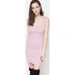 Missguided - Sukienka. Szare sukienki mini marki Missguided, na co dzień, z haftami, z elastanu, casualowe, z okrągłym kołnierzem, proste. W wyprzedaży za 59,90 zł.