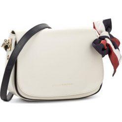 Torebki i plecaki damskie: Torebka TOMMY HILFIGER – Iconic Foulard Leather Saddle Bag AW0AW04960 104