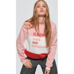 Bluza z napisem - Różowy. Czerwone bluzy damskie marki Cropp, l, z napisami. Za 79,99 zł.