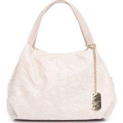 Torebki klasyczne damskie: Skórzana torebka w kolorze jasnoróżowym – 28 x 20 x 12 cm