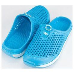 Chodaki damskie: Niebieskie ażurowe klapki HASBY niebieskie