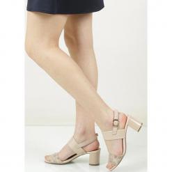 Sandały skórzane na słupku Caprice 9-28302-28. Szare sandały damskie Caprice, na słupku. Za 238,99 zł.