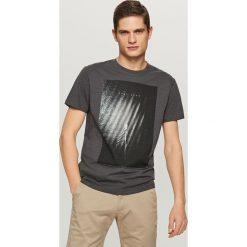 T-shirty męskie z nadrukiem: T-shirt z żeglarskim nadrukiem – Szary
