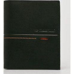 VIP COLLECTION - Portfel skórzany Beverly Hils 90. Czarne portfele męskie VIP COLLECTION, z materiału. W wyprzedaży za 179,90 zł.