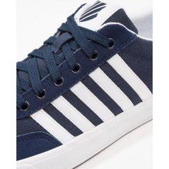 KSWISS ADDISON Tenisówki i Trampki dress blue/white. Białe tenisówki męskie marki K-SWISS. Za 229,00 zł.