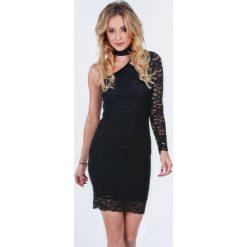 Czarna koronkowa sukienka dopasowana 5105. Czarne sukienki koronkowe Fasardi, l, dopasowane. Za 99,00 zł.