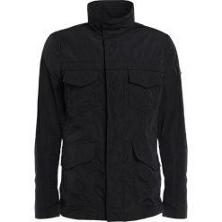 Peuterey METAL Kurtka wiosenna black. Czarne kurtki męskie bomber Peuterey, m, z materiału. W wyprzedaży za 671,60 zł.