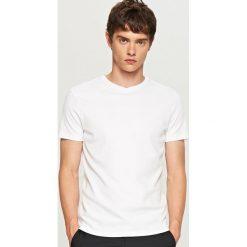 Gładki t-shirt - Biały. Białe t-shirty męskie marki Reserved, l. Za 49,99 zł.