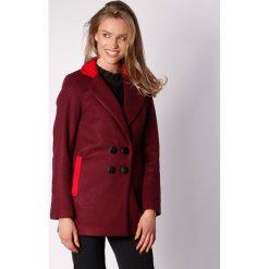 Płaszcze damskie pastelowe: Płaszcz w kolorze kasztanowo-czerwonym