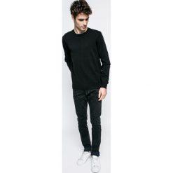 Bench - Sweter. Szare swetry klasyczne męskie marki Bench, l, z bawełny, z okrągłym kołnierzem. W wyprzedaży za 99,90 zł.