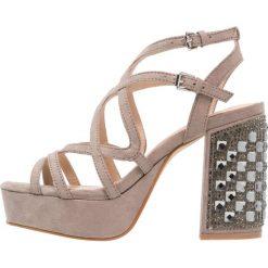 Sandały damskie: Miss Selfridge CHASE Sandały na obcasie grey