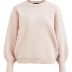 """Sweter """"Shine"""" w kolorze beżowym. Brązowe swetry klasyczne damskie Object, s, z okrągłym kołnierzem. W wyprzedaży za 108,95 zł."""