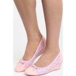 Buty ślubne damskie: Różowe Koturny Twisted