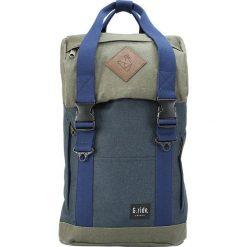 Plecaki męskie: Plecak w kolorze granatowo-oliwkowym – 25 x 40 x 12 cm