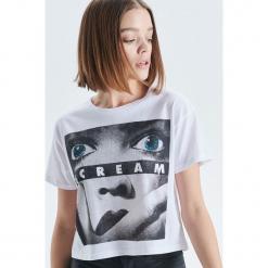 Koszulka Scream - Biały. Białe t-shirty damskie marki Cropp, l. Za 39,99 zł.
