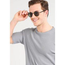 RayBan Okulary przeciwsłoneczne black. Czarne okulary przeciwsłoneczne męskie wayfarery Ray-Ban. Za 899,00 zł.