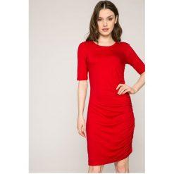 Answear - Sukienka. Szare sukienki dzianinowe ANSWEAR, na co dzień, l, casualowe, z okrągłym kołnierzem, mini, dopasowane. W wyprzedaży za 69,90 zł.