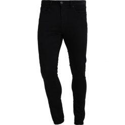 Tiffosi HARRY Jeans Skinny Fit black wash. Czarne rurki męskie Tiffosi. Za 149,00 zł.