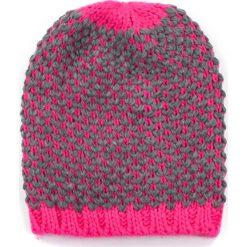 Czapka damska Fluoresca różowa. Czerwone czapki zimowe damskie marki Art of Polo. Za 30,84 zł.