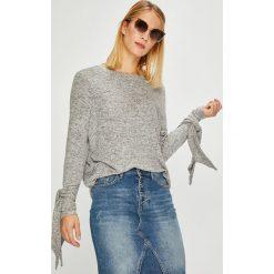 Noisy May - Sweter. Szare swetry klasyczne damskie Noisy May, l, z dzianiny, z okrągłym kołnierzem. W wyprzedaży za 89,90 zł.
