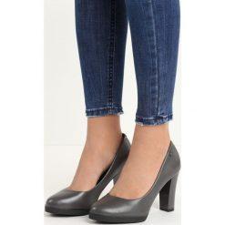Szare Czółenka Speciality. Szare buty ślubne damskie marki Born2be, na wysokim obcasie, na słupku. Za 79,99 zł.