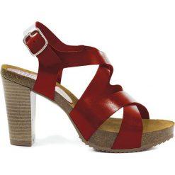 Sandały damskie: Skórzane sandały w kolorze czerwonym