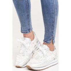 Białe Buty Sportowe End of Day. Pomarańczowe buty sportowe damskie marki Born2be, z materiału. Za 89,99 zł.
