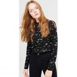 Koszula z nadrukiem - Czarny. Czarne koszule damskie Cropp, l, z nadrukiem. Za 49,99 zł.