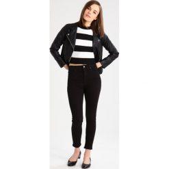 Boyfriendy damskie: Topshop Petite Jeans Skinny Fit black