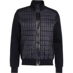 LAGERFELD Bluza rozpinana black. Czarne kardigany męskie LAGERFELD, l, z materiału. W wyprzedaży za 1047,20 zł.