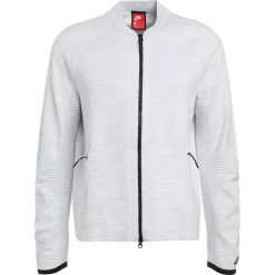 Nike Sportswear TECH Bluza rozpinana white/pure platinum/wolf grey. Białe kardigany męskie Nike Sportswear, l, z bawełny. W wyprzedaży za 450,45 zł.