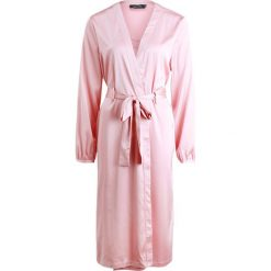 Szlafroki kimona damskie: MINKPINK AIRHEAD ROBE Szlafrok pink