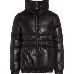 Sisley JACKET Kurtka puchowa black. Czarne kurtki dziewczęce Sisley, na zimę, z materiału. W wyprzedaży za 271,20 zł.