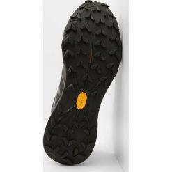 The North Face ULTRA MT II GTX Obuwie do biegania Szlak black. Czerwone buty do biegania damskie marki The North Face, z materiału. Za 599,00 zł.