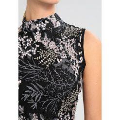 Kaffe WONDER Sukienka letnia black deep. Czarne sukienki letnie Kaffe, z materiału. W wyprzedaży za 412,30 zł.