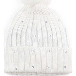 Czapka damska pompon króliczy biała. Białe czapki zimowe damskie Art of Polo. Za 36,52 zł.