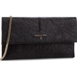 Torebka PATRIZIA PEPE - 2V5460/AA94-K348  Black Metallic. Czarne torebki klasyczne damskie marki Patrizia Pepe, ze skóry. W wyprzedaży za 619,00 zł.