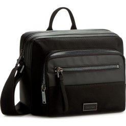 Torba na laptopa CALVIN KLEIN BLACK LABEL - Lars 12H Messenger K50K502408 001. Czarne plecaki męskie marki Calvin Klein Black Label, z materiału. W wyprzedaży za 379,00 zł.