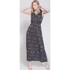 Sukienki hiszpanki: Czarna Sukienka Retro Mood