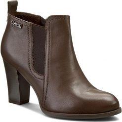 Botki LASOCKI - 7537-05 Brązowy. Brązowe buty zimowe damskie Lasocki, z materiału. W wyprzedaży za 125,00 zł.