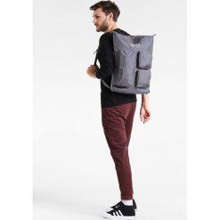 Adidas Originals Plecak grey five. Szare plecaki męskie adidas Originals. W wyprzedaży za 341,10 zł.