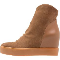 Botki damskie lity: Shoe The Bear TRISH Botki na koturnie brown