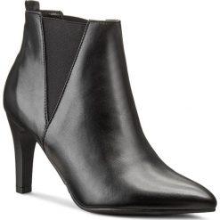 Botki CARINII - B3735 E50-000-PSK-B95. Czarne buty zimowe damskie Carinii, ze skóry, na obcasie. W wyprzedaży za 229,00 zł.