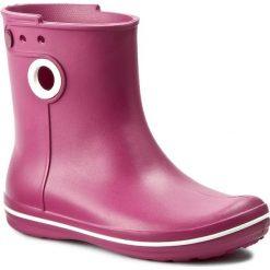 Kalosze CROCS - Jaunt Shorty Boot W 15769 Berry. Czerwone buty zimowe damskie marki Crocs, z tworzywa sztucznego. W wyprzedaży za 139,00 zł.
