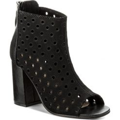 Botki JENNY FAIRY - WS17051-6 Czarny. Czarne buty zimowe damskie Jenny Fairy, z materiału. W wyprzedaży za 99,99 zł.